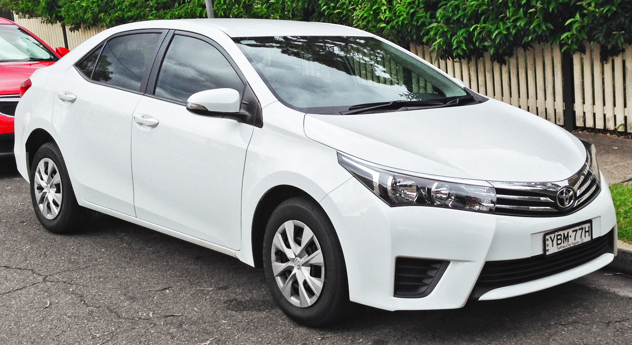2014_Toyota_Corolla_(ZRE172R)_Ascent_sedan_(2014-04-11)