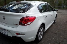 sell my car holden cruze white