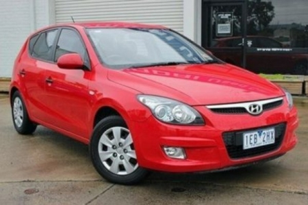 sell my car – hyundai i30 hatch red