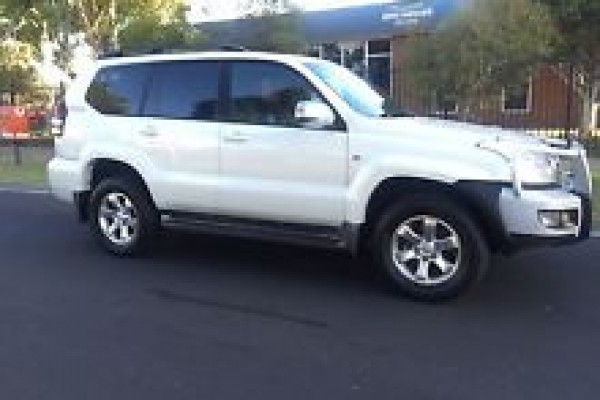 sell my car - toyota prado white
