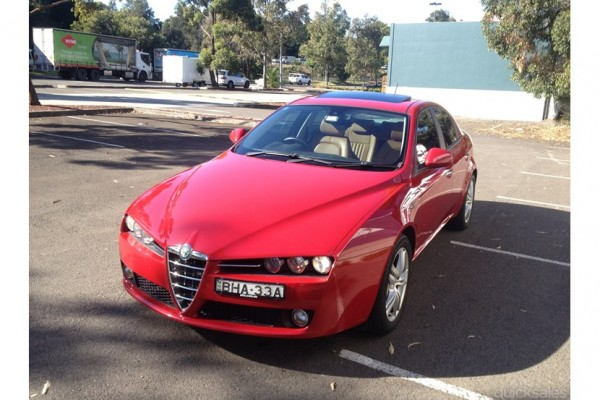 sell my car – alfa romeo red