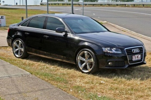 sell my car – audi a4 black
