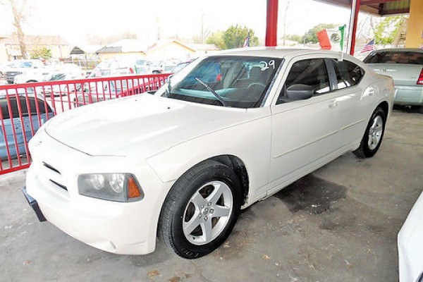 sell my car - dodge avenger white
