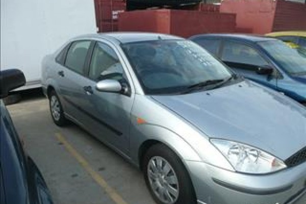 sell my car - ford focus silver