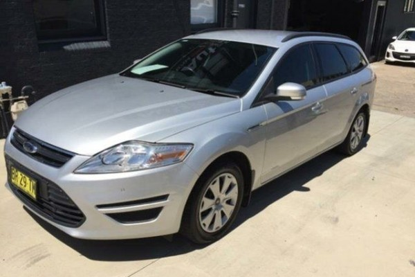 sell my car - ford mondeo silver