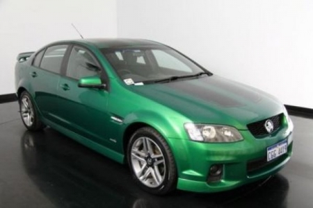 sell my car- holden commodore green