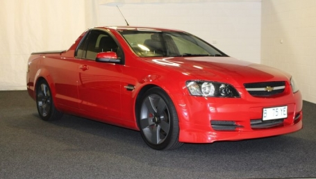 sell my car – holden commodore omega ute red