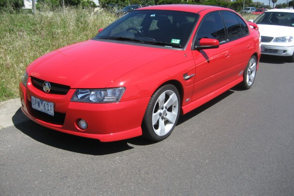 sell my car - holden commodore red