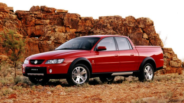 sell my car holden crewnan red
