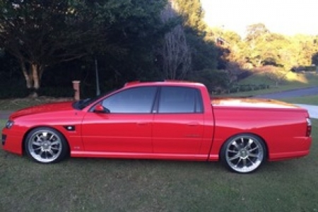sell my car – holden ute red