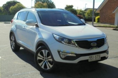 sell my car – kia sportage white