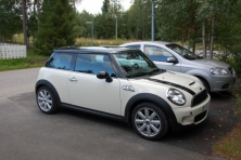 sell my car – mini cooper white