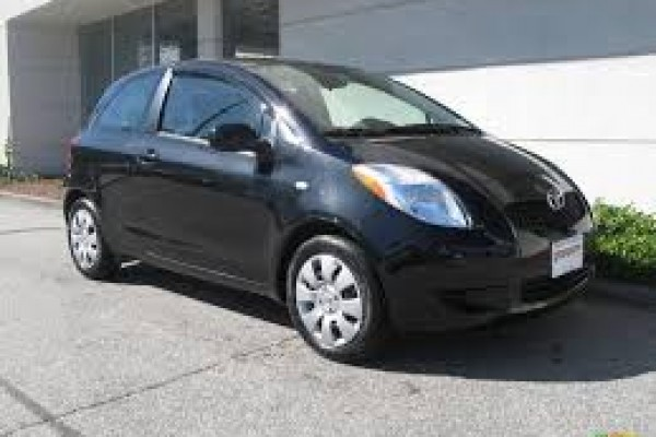 sell my car - toyota yaris black
