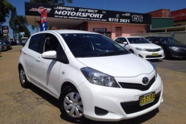 sell my car - toyota yaris white