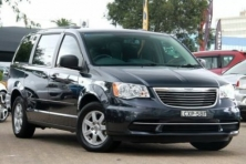 sell my car – chrysler gran voyager black
