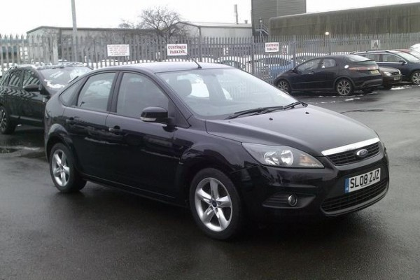 sell my car - ford focus black