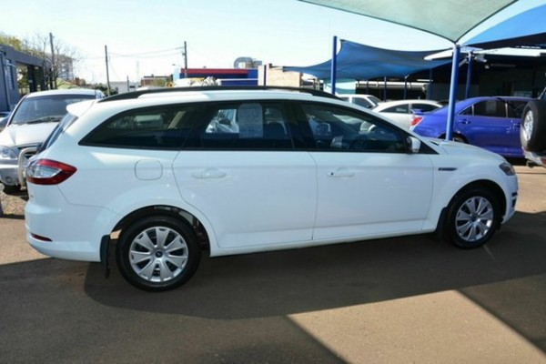 sell my car - ford mondeo white