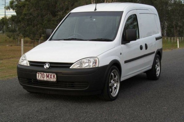sell my car - holden combo white