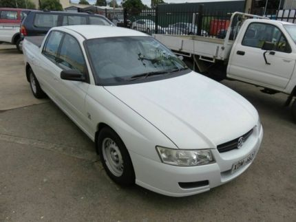 sell my car – holden crewman white