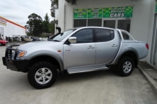 sell my car – mitsubishi triton silver