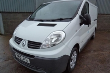 sell my car – renault trafic white