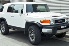 sell my car – toyota fj cruiser white