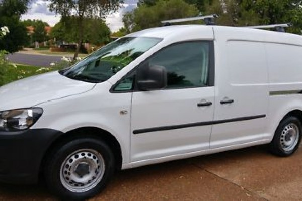 sell my car - volkswagen caddy white