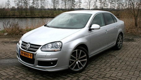sell my car – volkswagen golf grey