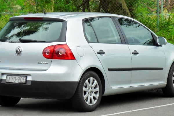 sell my car – volkswagen golf silber
