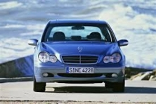 sell my 2001 Mercedes Benz C180 Blue