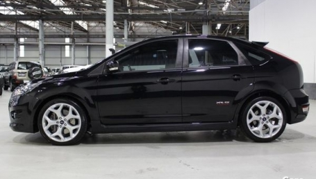 Sell My 2010 Ford Focus XR5 Black