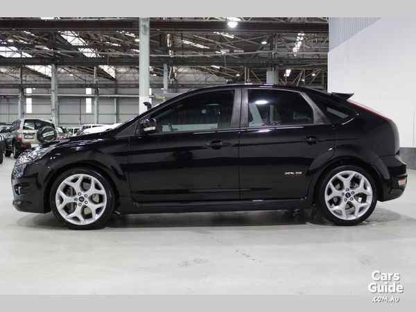 2010 ford focus xr5 black sell my car sell my car buy my car. Black Bedroom Furniture Sets. Home Design Ideas