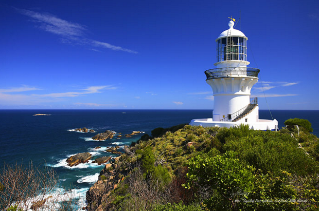 Sell my car in Sydney Caves Beach Lighthouse