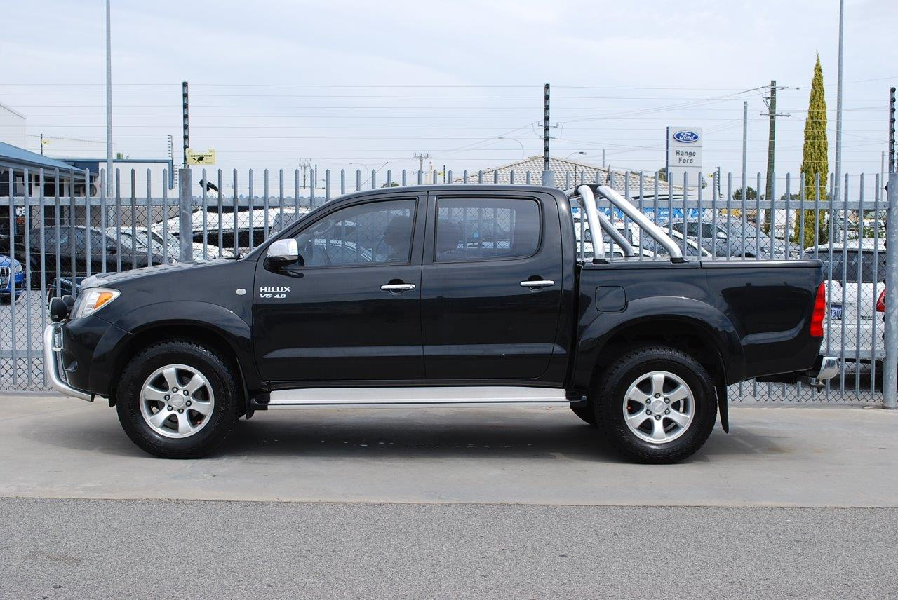 2007ToyotaHiluxSR5-sellmy