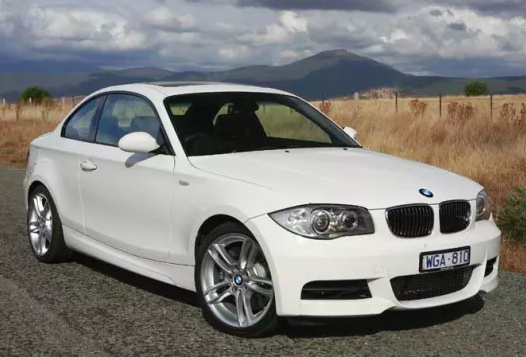 Sell mY BMW 2010 125i Coupe