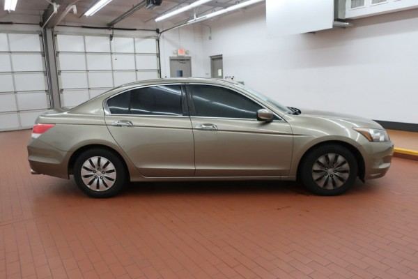 2010-honda-accord_sedan