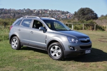 2012Holden-Captiva